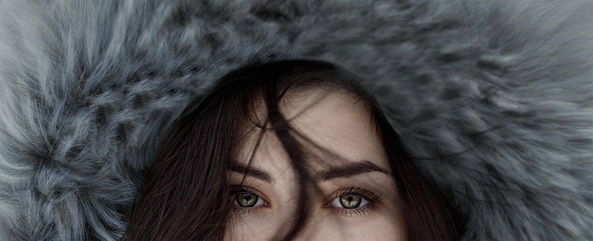 Schöne Frau im Pelz